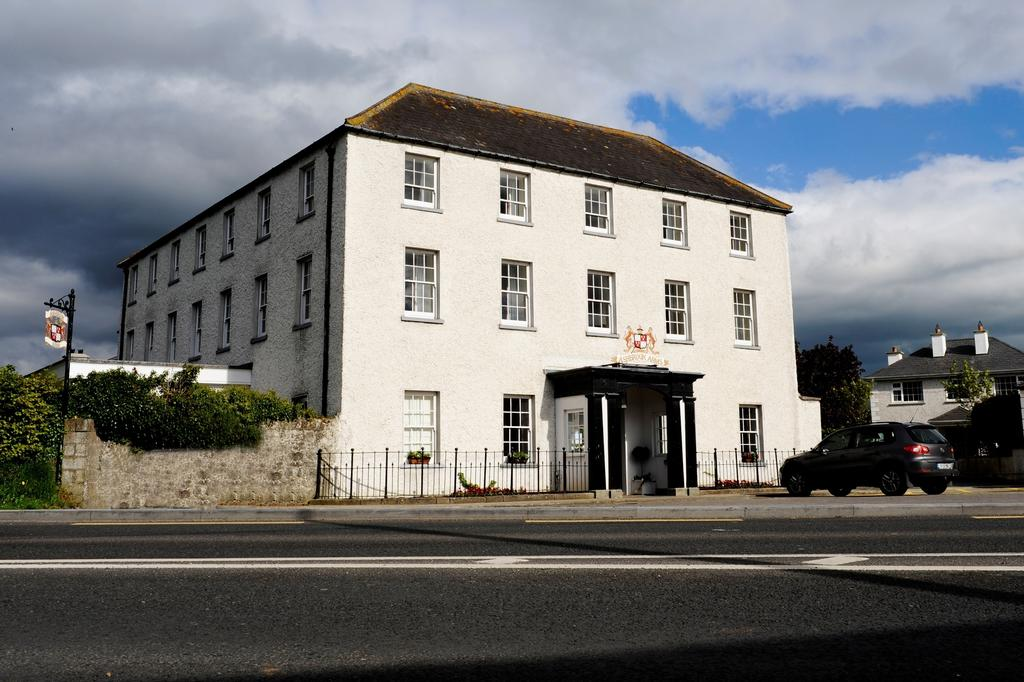 Ashbrook Arms Guesthouse & Restaurant